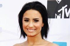 Demi-Lovato-2015-Billboard-650